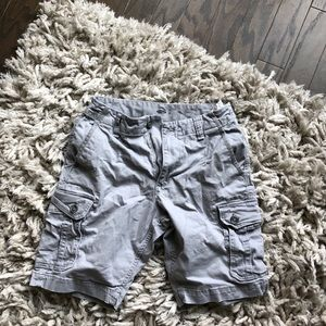 Light gray cargo shorts
